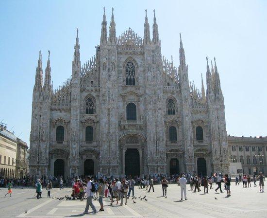 """Marconi Hotel: Centro turístico en Milán """" visita al Duomo """""""