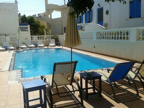Karidis Hotel: piscina hotel