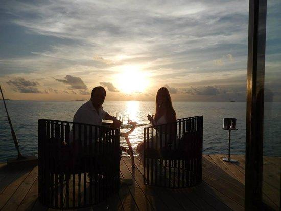 PER AQUUM Niyama Maldives: sunset