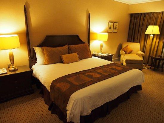 Crowne Plaza Hotel Jakarta: Bed