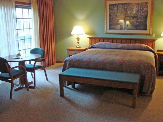 Sauder Heritage Inn: Expanded Guest Room