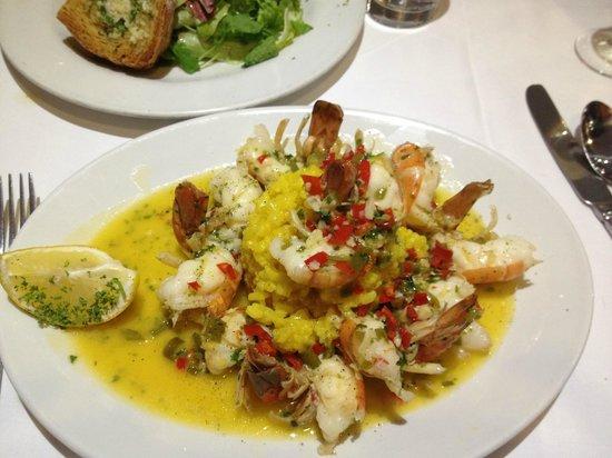 Da Paolo Restaurant : Garlic prawns with saffron rice