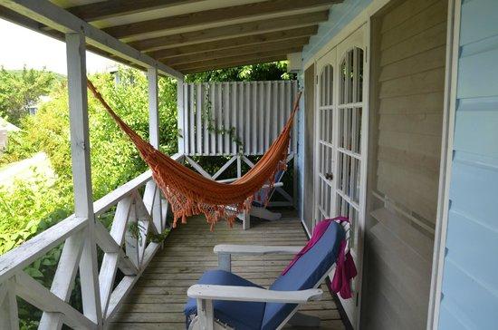 l\'amaca sul terrazzo - Foto di Cocobay Resort, Bolans - TripAdvisor