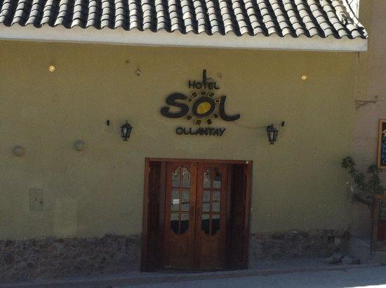 Hotel Sol: fachada
