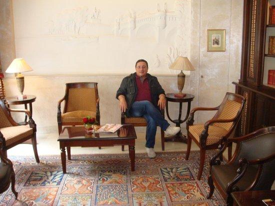 Best Western Ducs De Bourgogne : hall dell'hotel