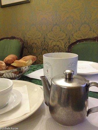 Hotel Ateneo: Breakfast