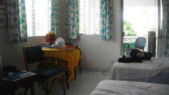 Art Studio Apartments : apartment