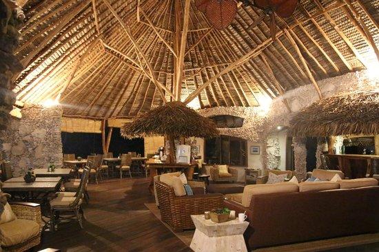 Tikehau Ninamu Resort : La hall