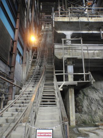 Britannia Mine Museum: Scary Stairs in the Mill Building!  Can't see the top.