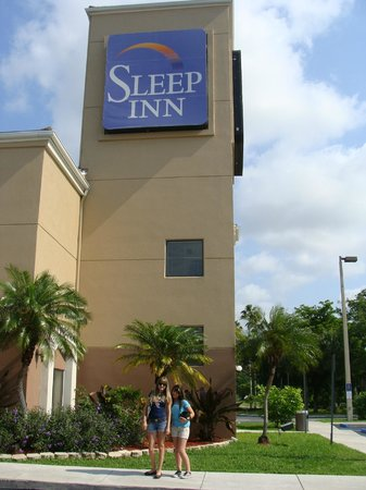 Sleep Inn at Miami International Airport: Entrada do Hotel