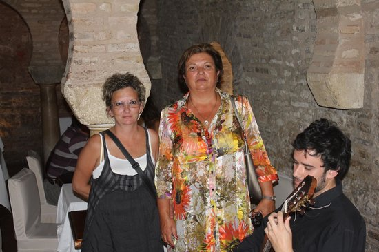San Marco : dos hermanas de cena