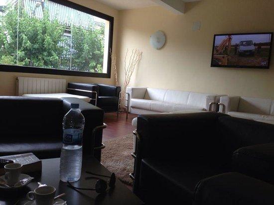 Adia Hotel Cunit Playa: Sala estar