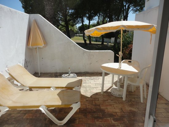 Quinta da Balaia: Quintal/saída para os espaços verdes