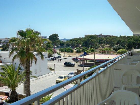 AluaSun Miami Ibiza Apartamentos : Room View.3