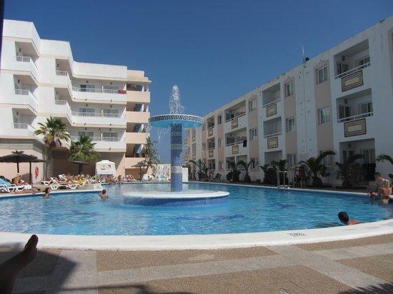 Hoteles Apartamentos Lux Mar : Piscina