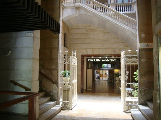 Hotel Lauria: Hall d'entrée