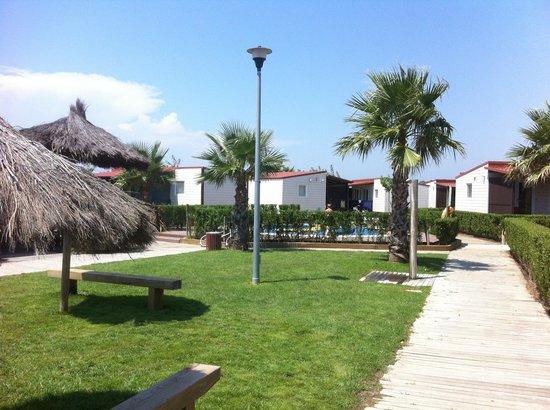 Camping & Bungalow Resort La Ballena Alegre Costa Brava: stradine