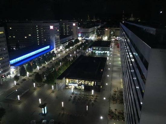 Pullman Dresden Newa: View from room - night