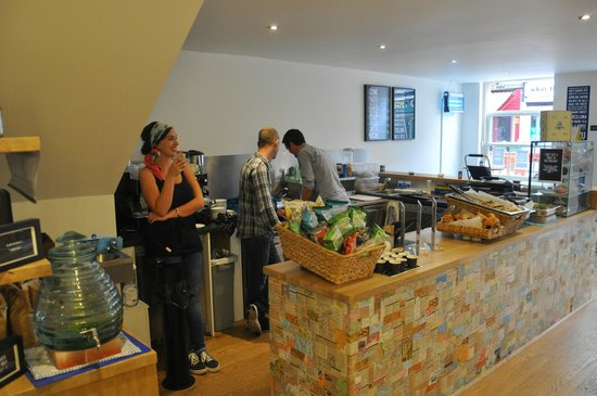Four Corners Cafe: The staff at Four Corners are a very cheerful and welcoming bunch