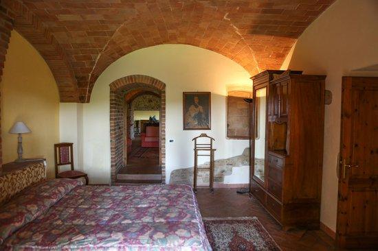 Tenuta Mormoraia: Bedroom 1