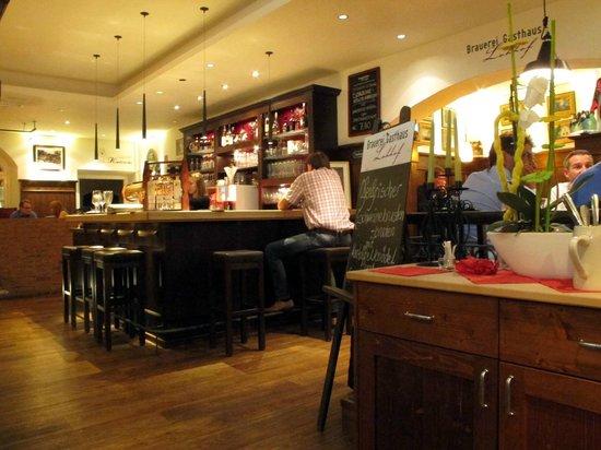 Brauerei Gasthaus Lohhof: Interior
