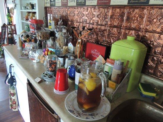 Brookside Inn at Laurens: Snack counter