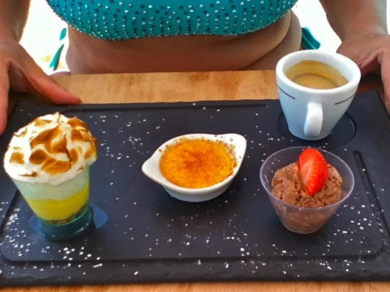 Caf gourmand picture of carre bleu cagnes sur mer for Carre bleu
