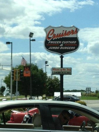 Cruisers Frozen Custard and Jumbo Burgers