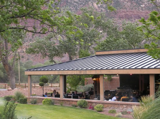 SWITCHBACK GRILLE & TRADING COMPANY: The covered patio