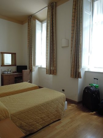 Piazza Paradiso Accomodation: Room