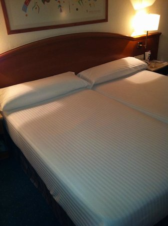 Best Western Premier Hotel Dante: Cama
