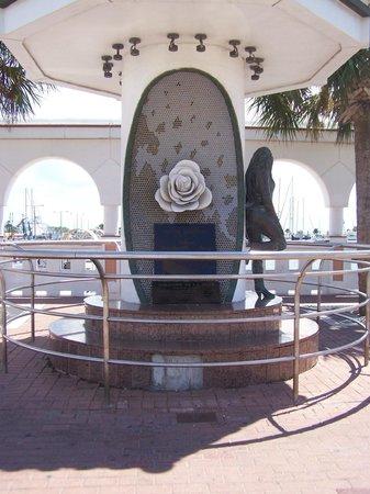 Selena Museum: Selena Memorial (From street side)