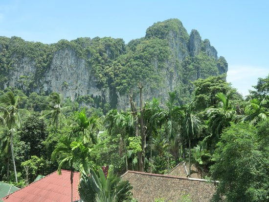 Haleeva Sunshine: View from the twin bed room (sort of towards the direction of Ao Nang beach)