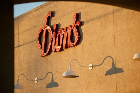 ‪Dion's‬