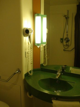 BEST WESTERN Corsica Hotel Bastia Centre : Bathroom
