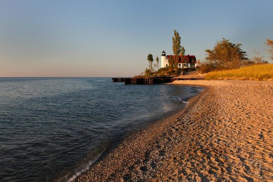 Point Betsie Lighthouse: This is a view from the beach to the south of the lighthouse