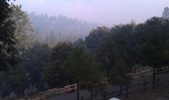 Berkshire Inn : View from my veranda-smoke from forest fires
