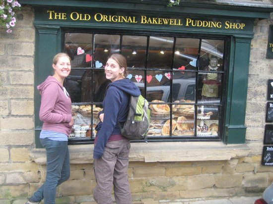 Original Bakewell Pudding Shop: Excited to go inside!