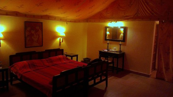 Mirvana Nature Resort and Camp: Deluxe Tent
