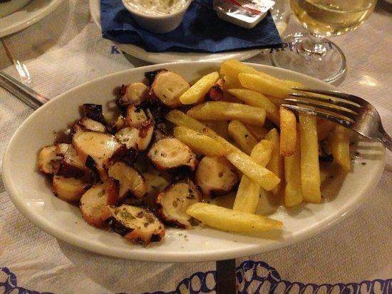 The Volcano Restaurant-Taverna : Осьминог на гриле