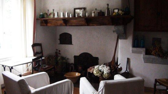 Maison Cadet: la chimenea