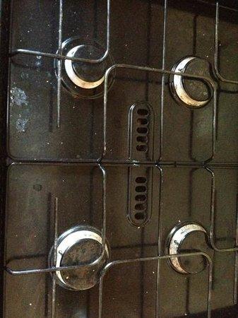 Parkdean - St Minver Holiday Park : cooker on arrival