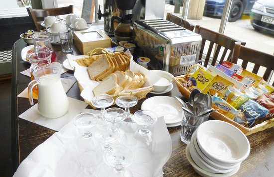 The Kings Arms Hotel: traditional English breakfast