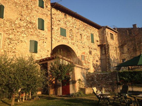 Casa In Castello Maison de Charme B&B: Tramonto al castello