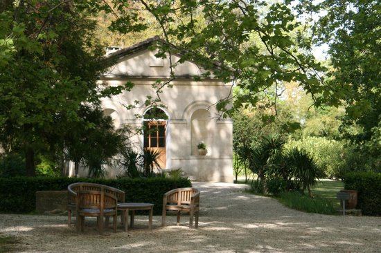 Le Chateau des Alpilles: A chapel converted into a small guesthouse