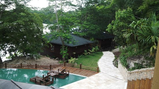 Las Lagunas Boutique Hotel : View of pool area and lagoon cabins.