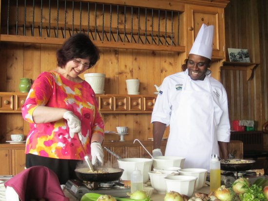Skyland: Cooking class with Sous Chef