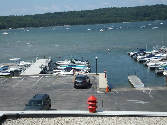 Ephraim Motel: The harbor at Ephraim