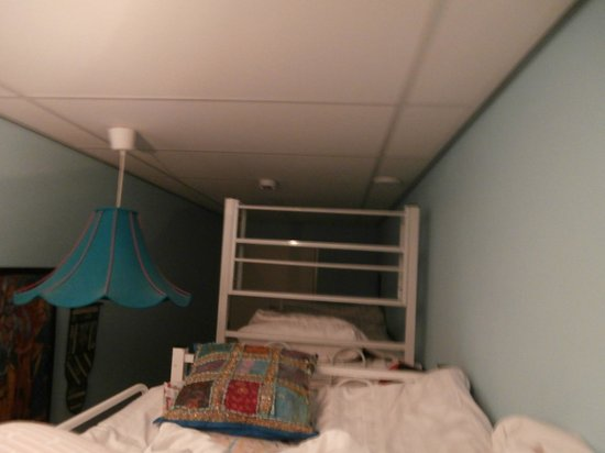 Hostelle: Room 15, 4 beds, top view