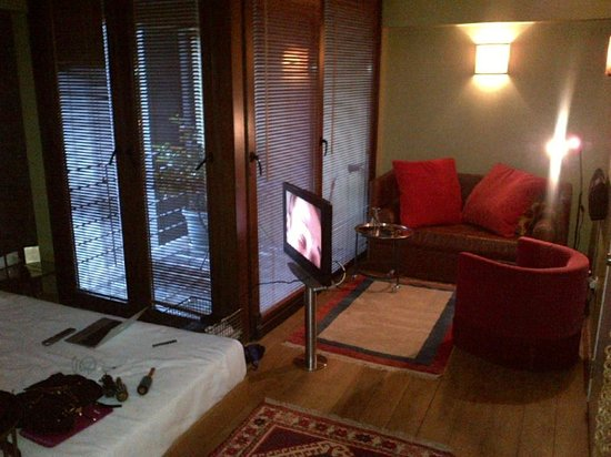 Ibrahim Pasha Hotel: My rooms sitting area